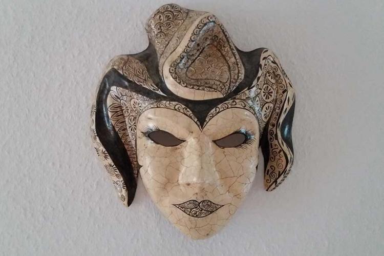 Deko-Maske